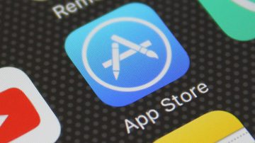 Apple không đồng ý để khách hàng tải ứng dụng từ nguồn khác
