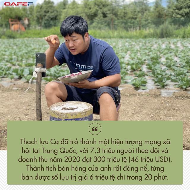 Guo và Thạch lưu Ca là một phần của dòng người đang di cư ngược ở Trung Quốc. Họ bỏ về quê lập nghiệp sau nhiều thập kỷ tìm việc ở các thành phố lớn.